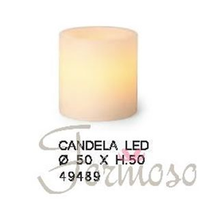 Immagine di Candela in vera cera con luce led per decorazioni 50x50 mm - art. 49489